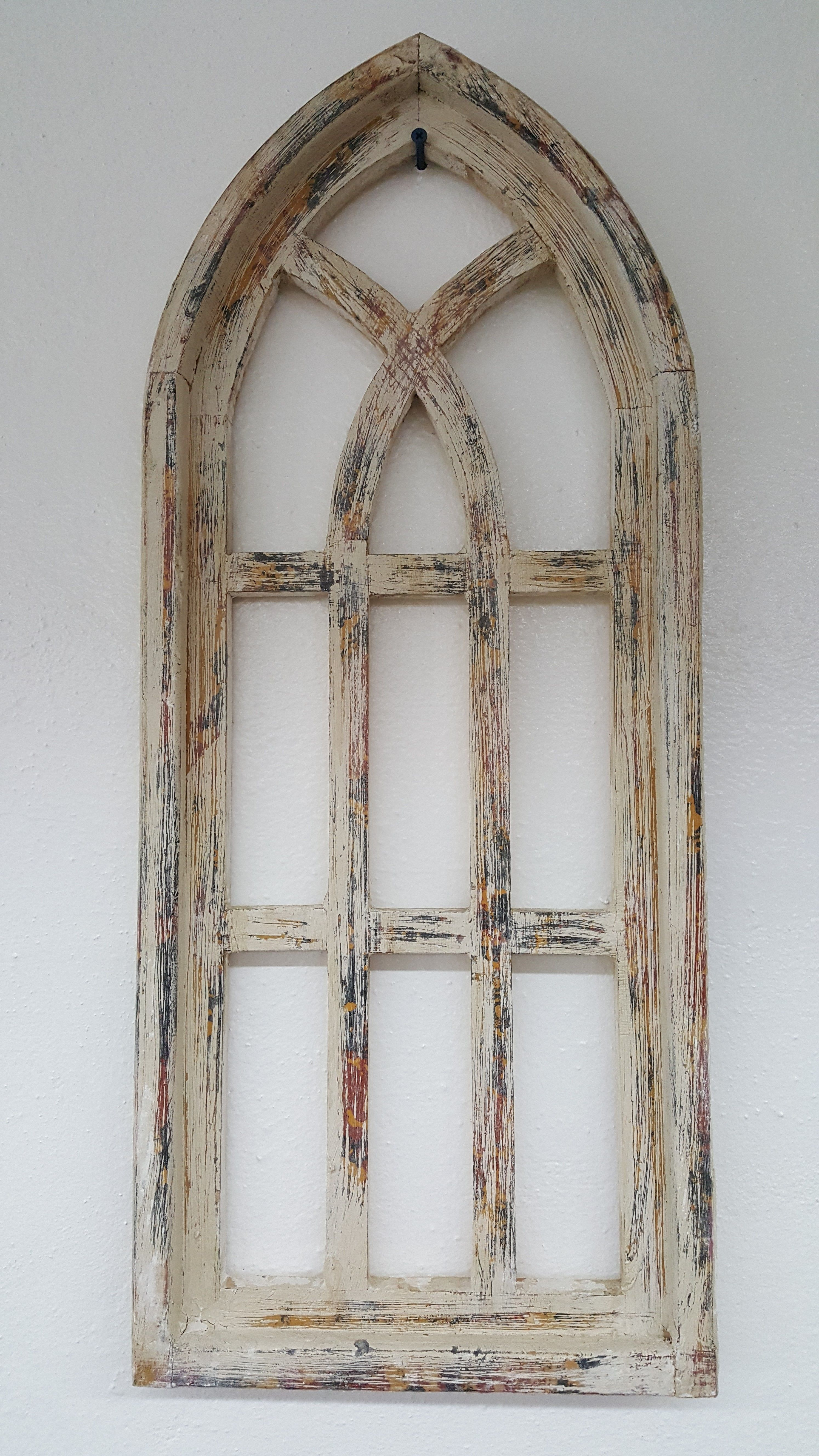 30 Small Distressed Wood Window Arch Available Great For Decorating The Walls For A Farmhouse Look Visit T Arched Wall Decor Wood Window Frame Rustic Window