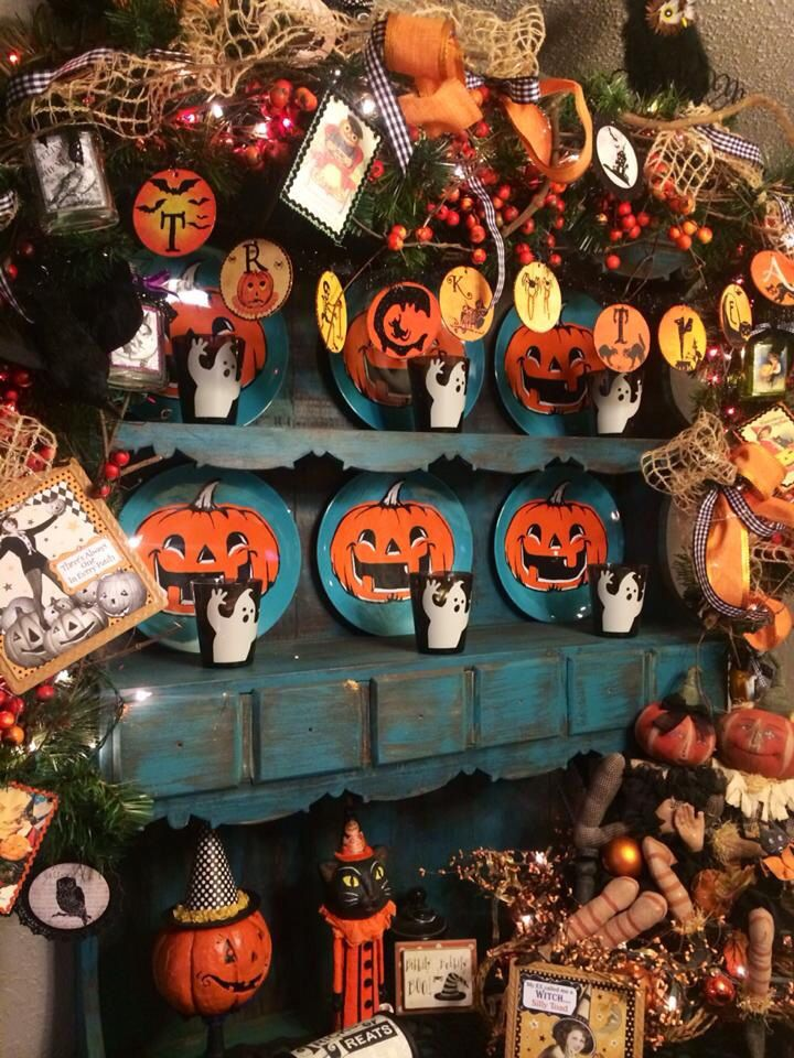 Vintage Halloween. Vintage halloween, Holiday deco