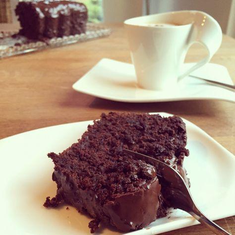 saftiger Zuccini Schokoladenkuchen - lecker-macht-süchtig