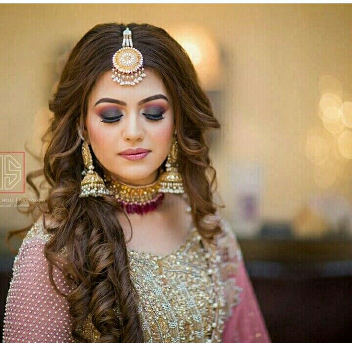 Pin By Jyoti Sharma On Hairstyles Bridal Makeup Looks Pakistani Bridal Makeup Front Hair Styles