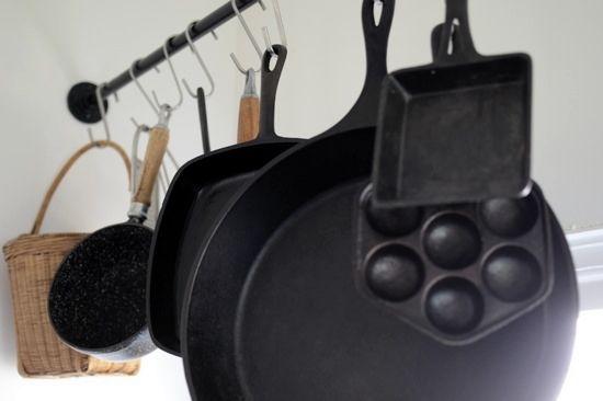 cast iron hanging rack