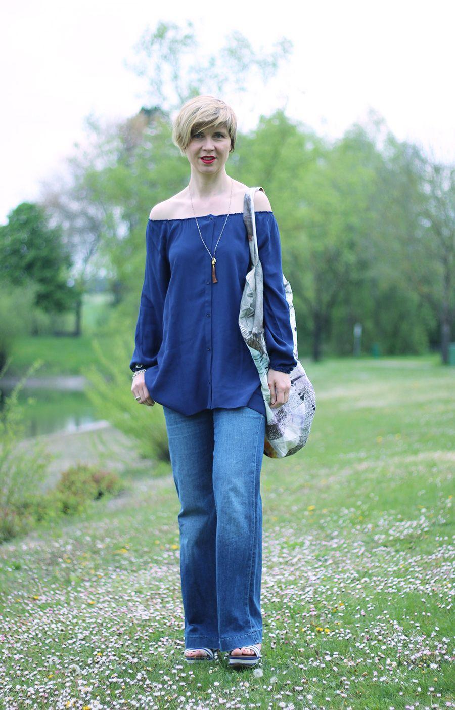 Ana maría posando en blusa azul | Tetas | Pinterest | Blusa azul ...