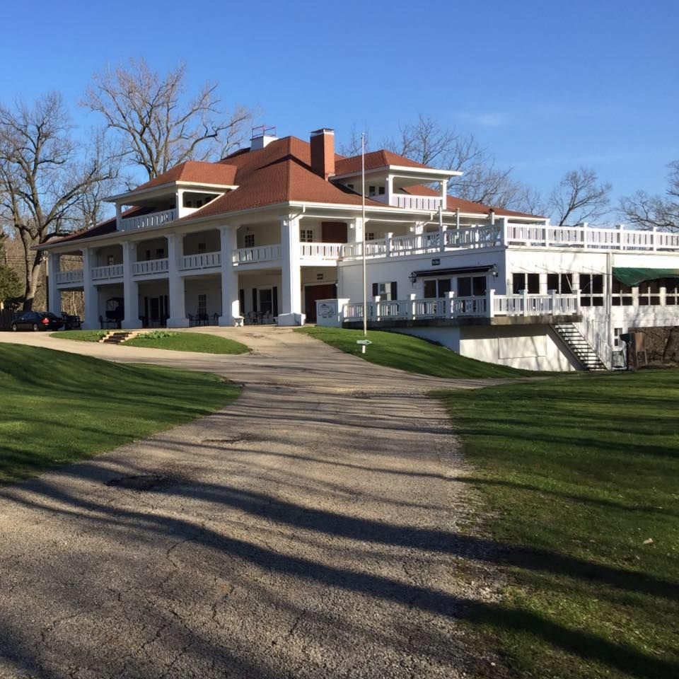 Clubhouse At Chapel Hill Golf Course Princeton, Illinois