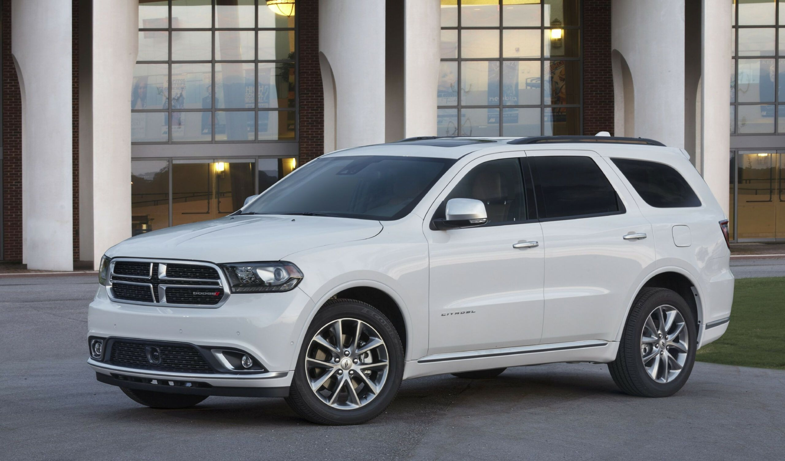 7 Picture 2020 Dodge Durango Citadel In 2020 Dodge Durango Dodge Suv Dodge