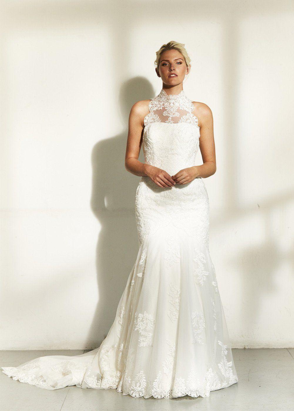 High Trumpet Wedding Dress