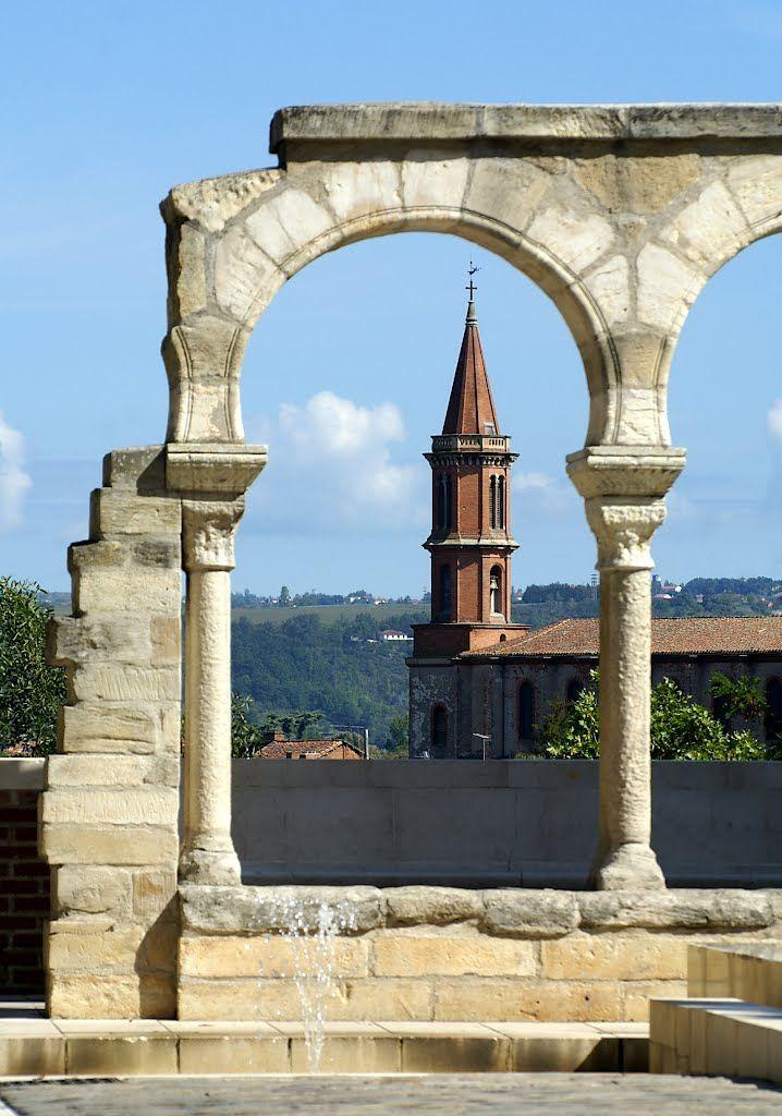 Une ville superbe: Albi ( France ) - L'arc