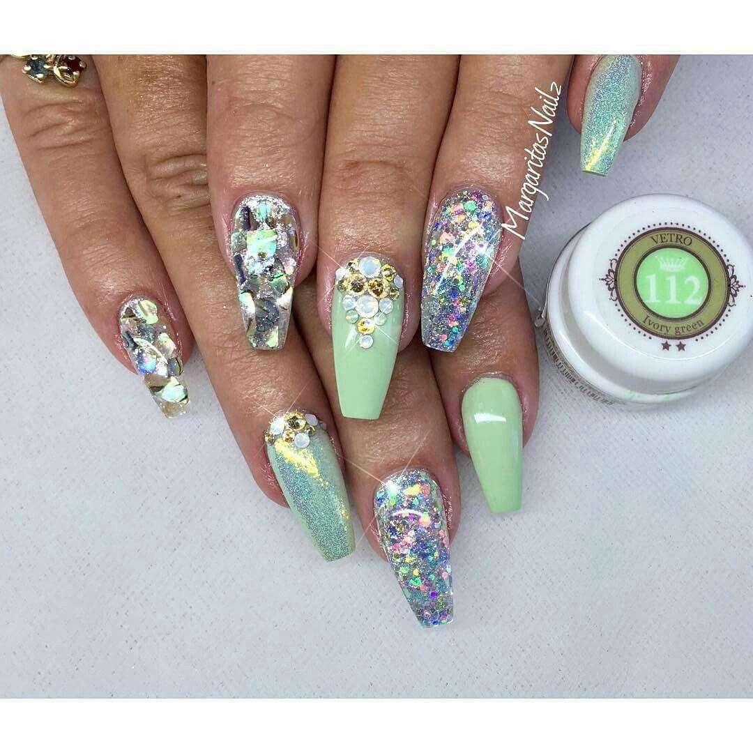 Mint nails | Nails | Pinterest | Fingernägel, Nagelschere und ...