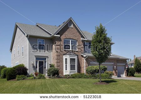 Pin By Lynda Kot On Home Exterior Grey Siding Brown Brick Siding Colors For Houses