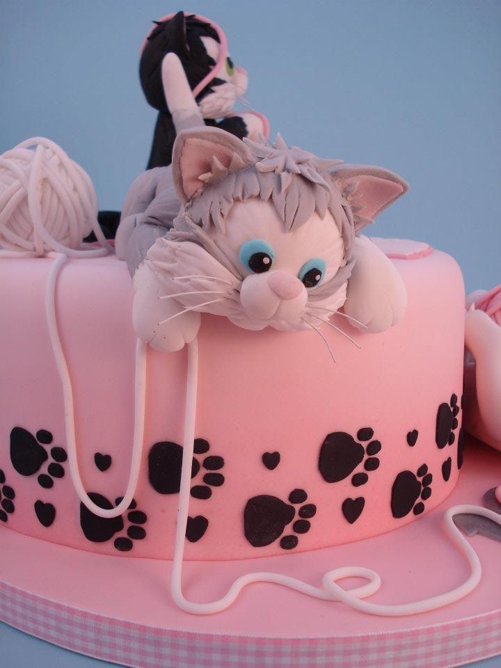 картинки котята на торт она располагается
