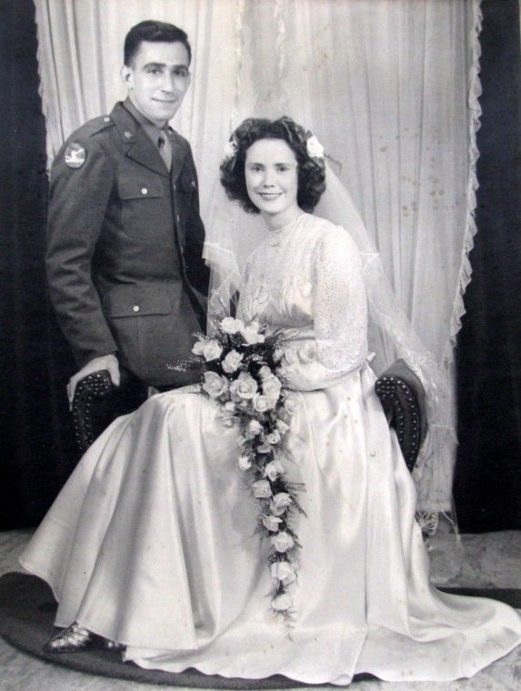 WWII Couples Studio Photos - Page 2 - EPHEMERA & PHOTOGRAPHS - U.S. ...