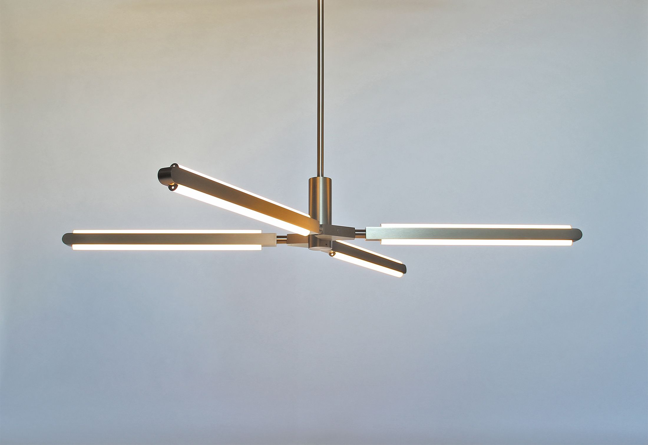 Pris is an all modular lighting system that can be configured in a ...