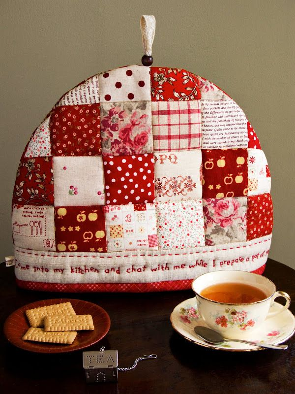 Patchwork Pottery: Tea Cozy - no pattern but simple patchwork ...