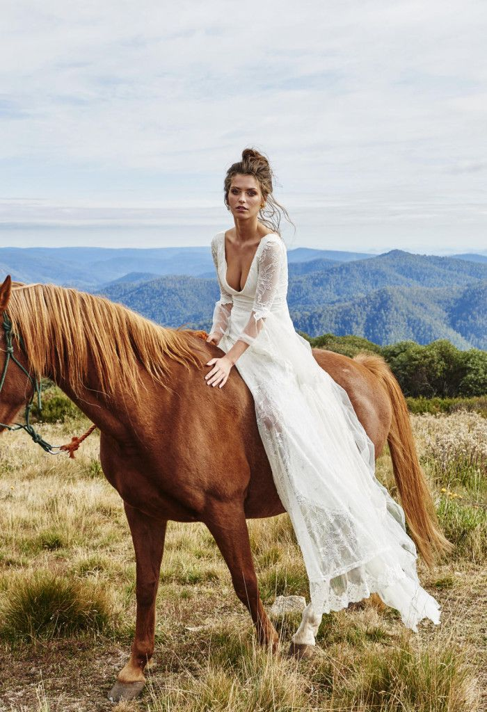 Superb Romantic Country Wedding Dress This stunning dress features a fitted stretch French lace body
