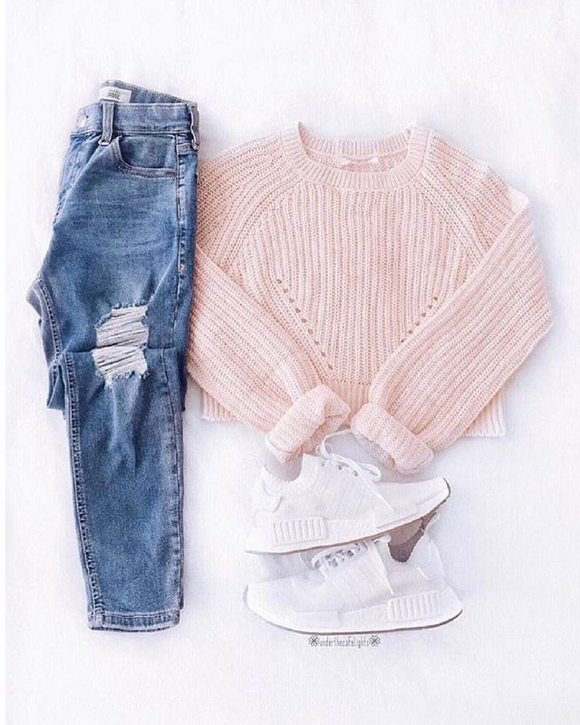 Love this outfit? Yay? Via @underthecafelights – Women's Fashion