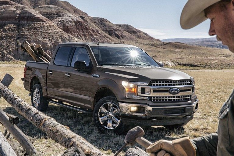 See Our Showcase Of Stunning Pictures Watch Riveting Videos And Explore 360 Views In Your Color Choices For The 2019 Ford F 150