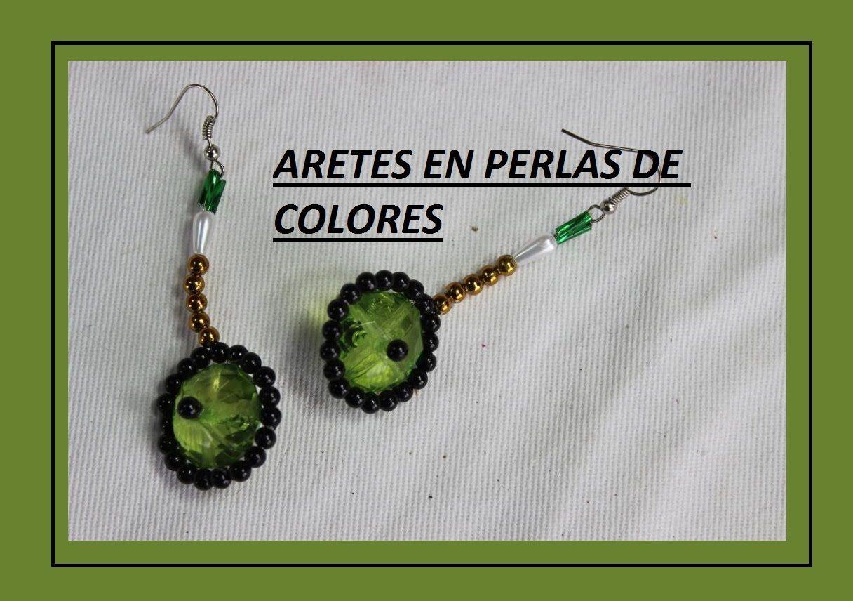 ARETES EN PERLAS DE COLORES 7