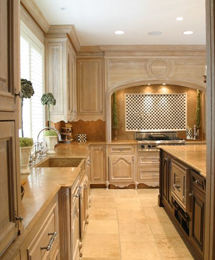 Limestone Surfaces Warm The Kitchen Colleen Farrell Design Colleen