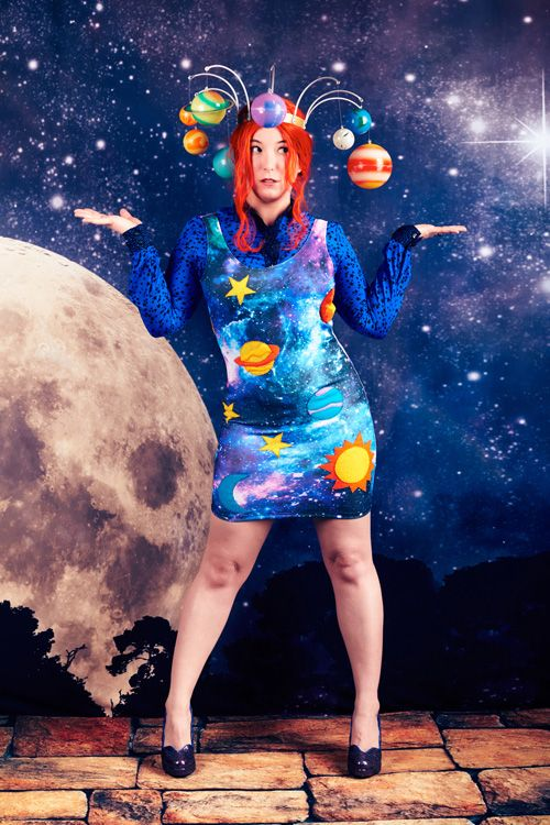 Ms. Frizzle from The Magic School Bus Cosplay http://geekxgirls.com/article.php?ID=7761