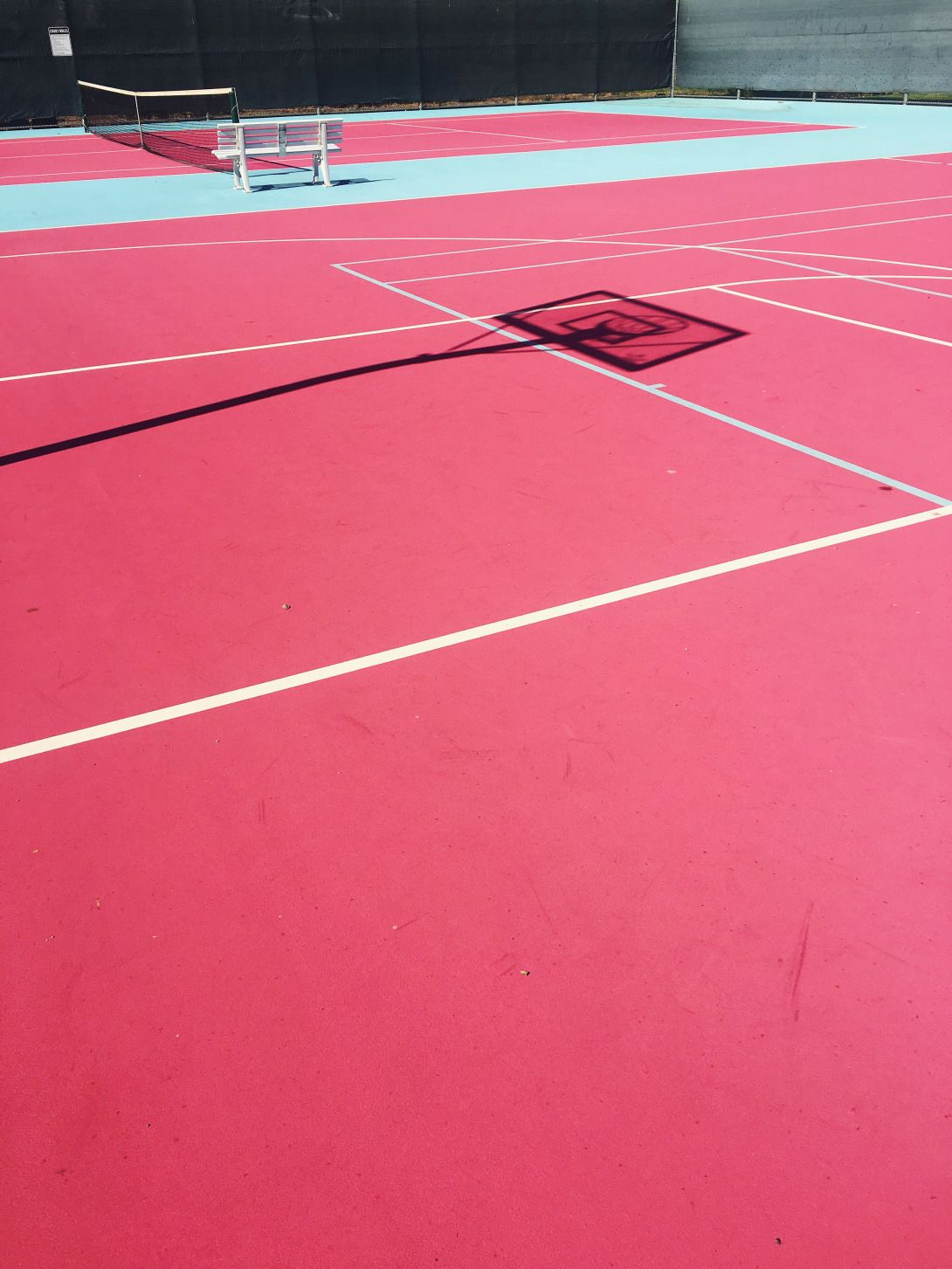 Madonna Inn S Pink And Blue Tennis And Basketball Courts The Sporting Life Aesthetic Images Tennis Court