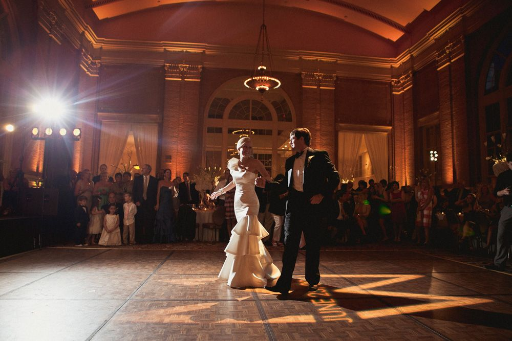 FIrst Dance | Elegant and timeless wedding | Union Station | Dallas | Photography: Shaun Menary |GRO Floral and Event Design | Last Stop: Michelle and Weldon