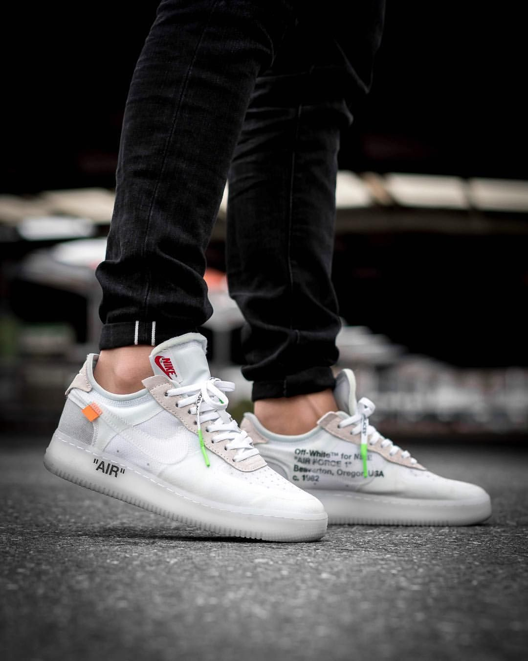 hot sale online b4e96 8a49c Off-White x Nike Air Force 1 Low White On Feet