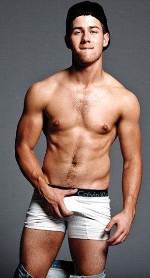 A Calvin Klein de um jeito que você nunca viu com o astro gay Frank Ocean