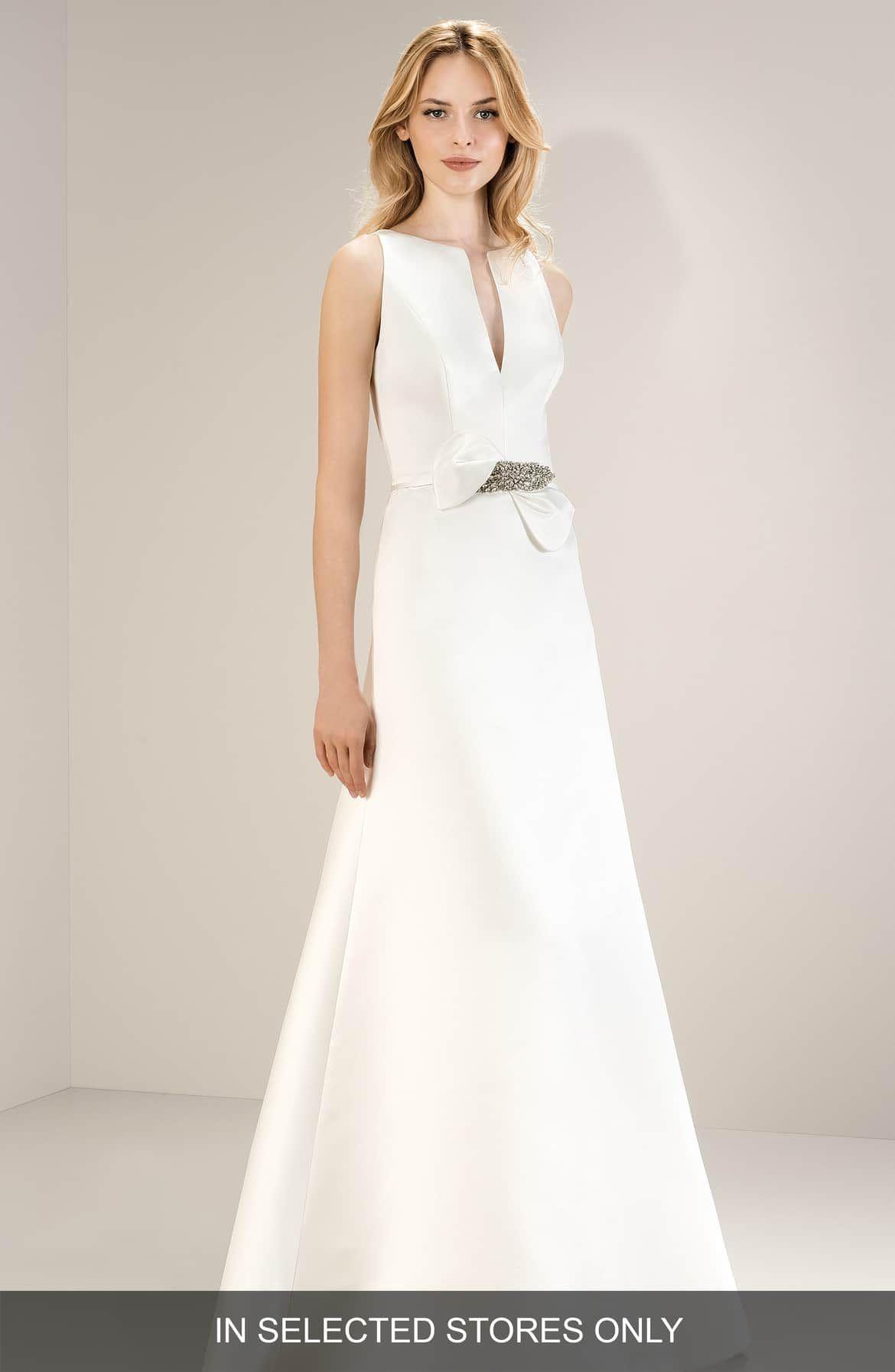 Nordstrom Wedding Dresses.Jesus Peiro Sleeveless Split Neck Satin Gown Nordstrom