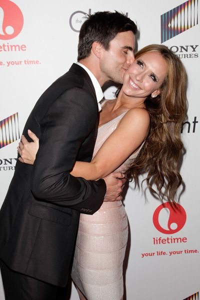 Jennifer Love Hewitt Cozies Up To Colin Egglesfield During Client