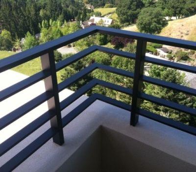 Best Aluminum Flat Bar Railing 5 Balcony Railing Design 400 x 300
