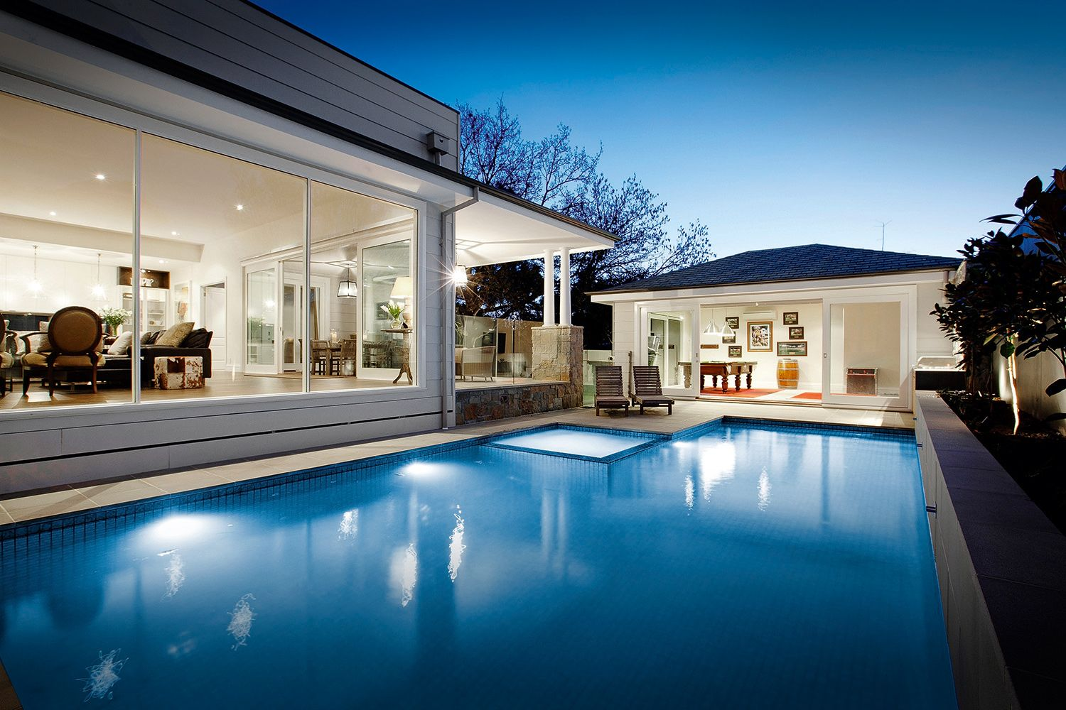 House Builders Melbourne   Luxury Home Builder | Canny