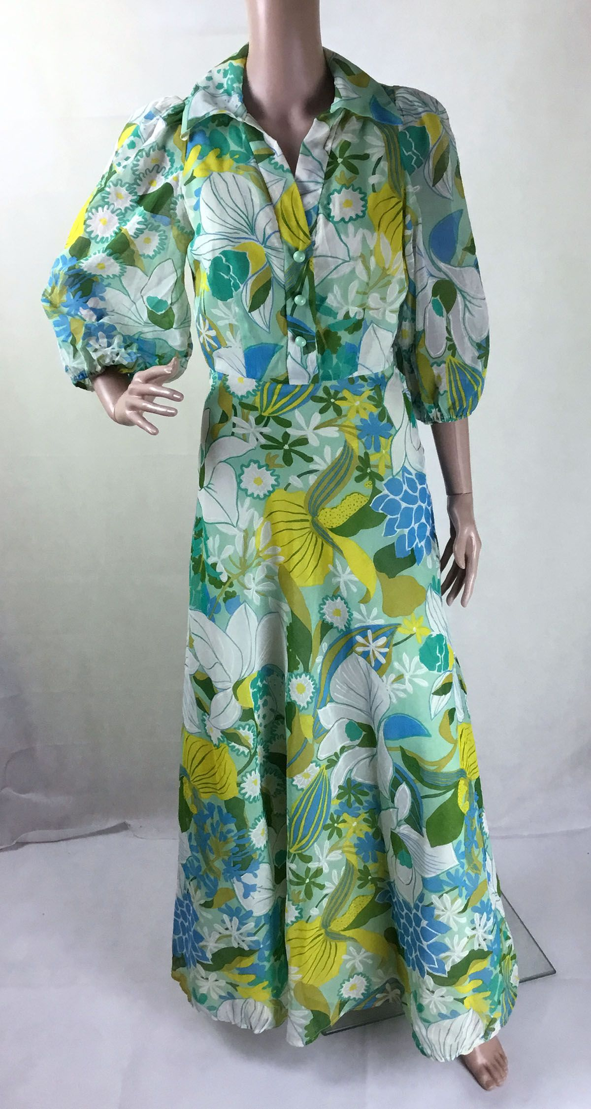 Original s green floral maxi dress from my vintage uk size