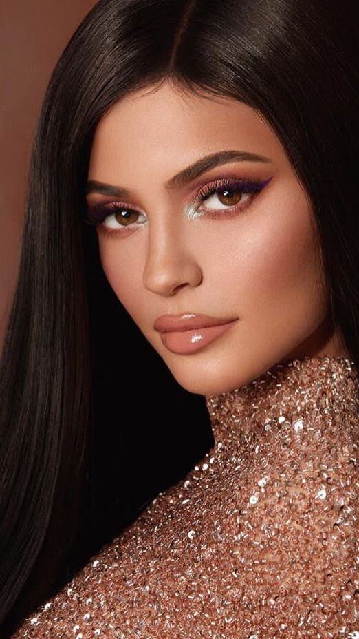 Pin De Milly Butler Em Wallpapers Visuais Da Kylie Jenner Jenner Maquiagem Moda Kylie Jenner