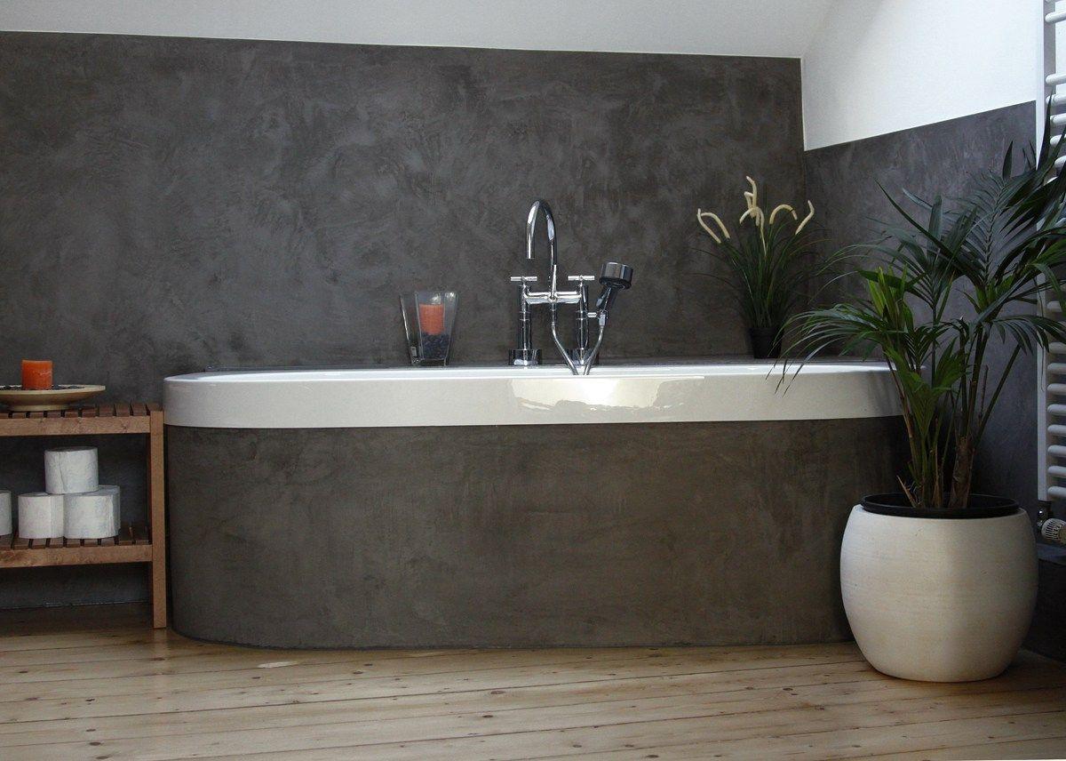 ein bad in kalkputz betonlook wand pinterest betonoptik badezimmer und oberfl che. Black Bedroom Furniture Sets. Home Design Ideas