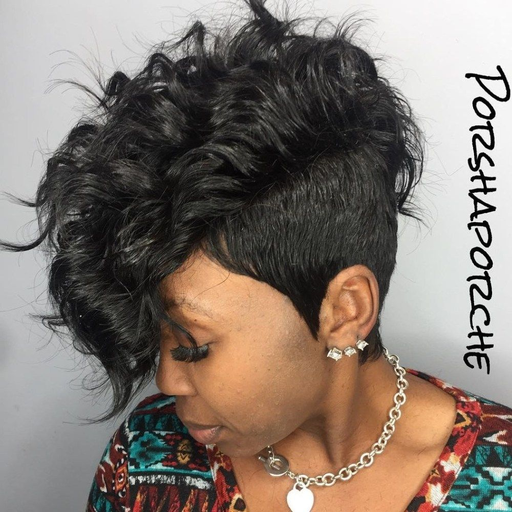 15 Short Hairstyles for Black Women to Steal Everyone's Attention ...