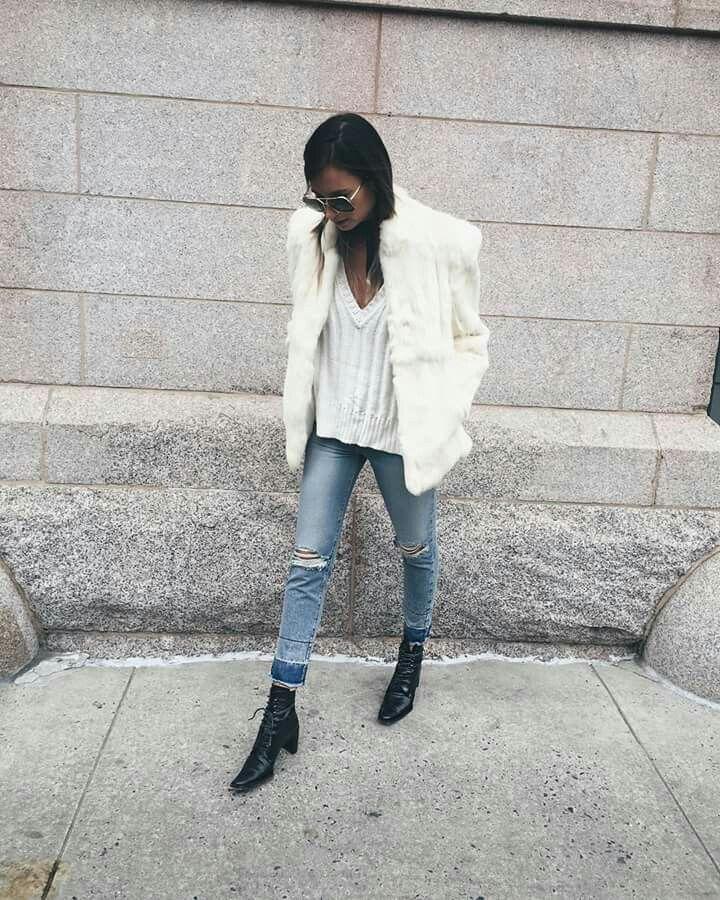 04c5948b0323b4 Danielle Bernstein, Ski Fashion, Fashion Tips, Fashion Design, Fashion  Outfits,