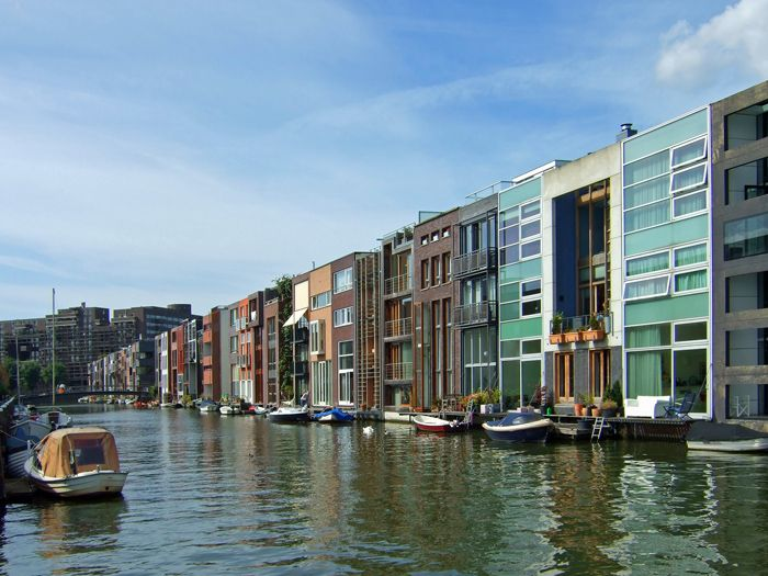 Amsterdam   Scheepstimmermanstraat: The Tightly Packed Unique Homes Are A  Modern Interpretation Of The Traditional