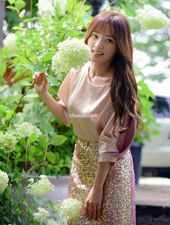 Actress Song Ha Yoon Not Ready To Let Go Of Her Latest Tv Role Actresses Korean Actresses Beautiful Actresses