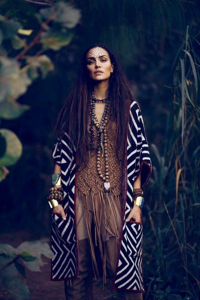 pingl par bim sur fashion her vetement hippie chic. Black Bedroom Furniture Sets. Home Design Ideas