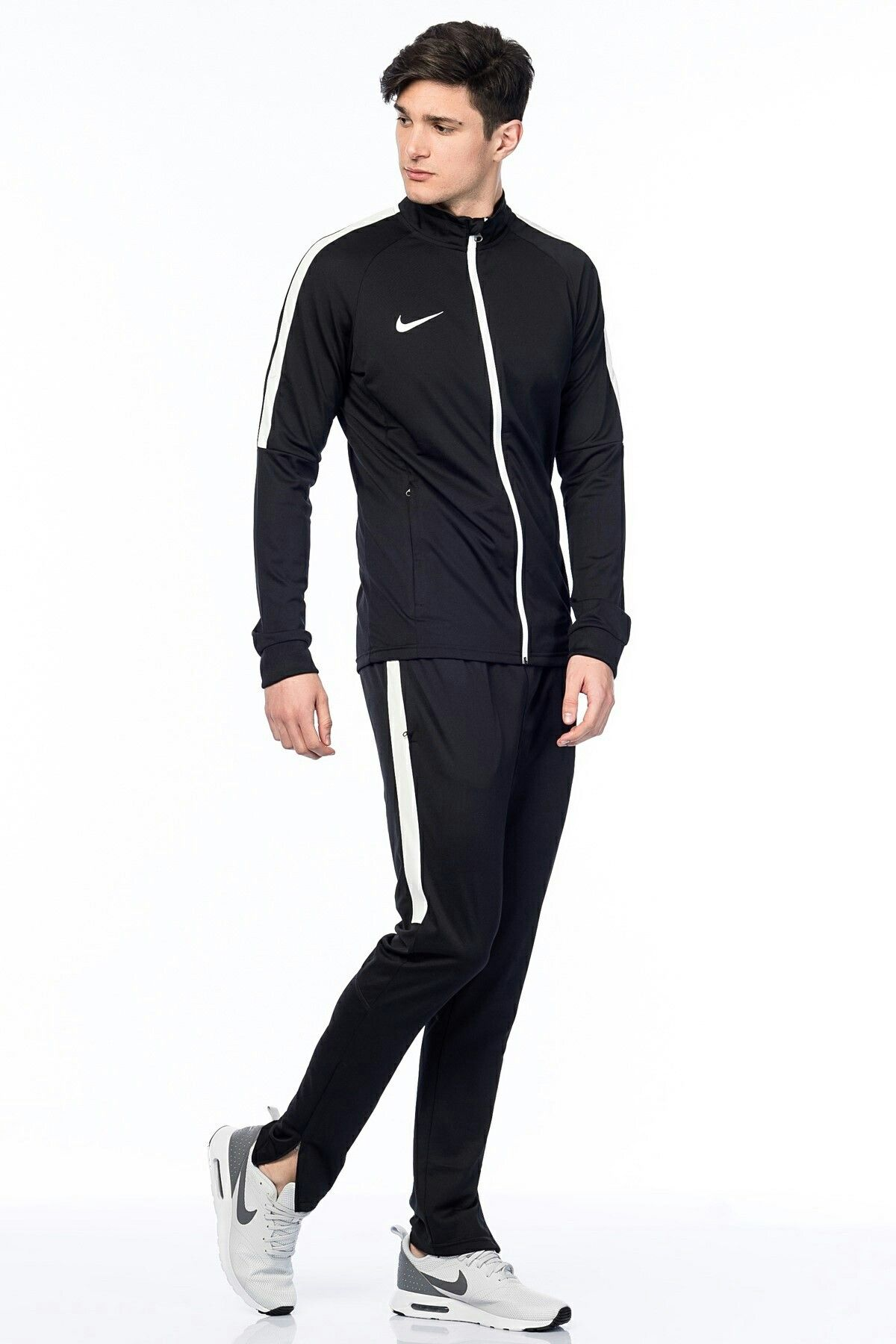 aprender Aplicado Continental  traje deportivo nike para hombre - Tienda Online de Zapatos, Ropa y  Complementos de marca