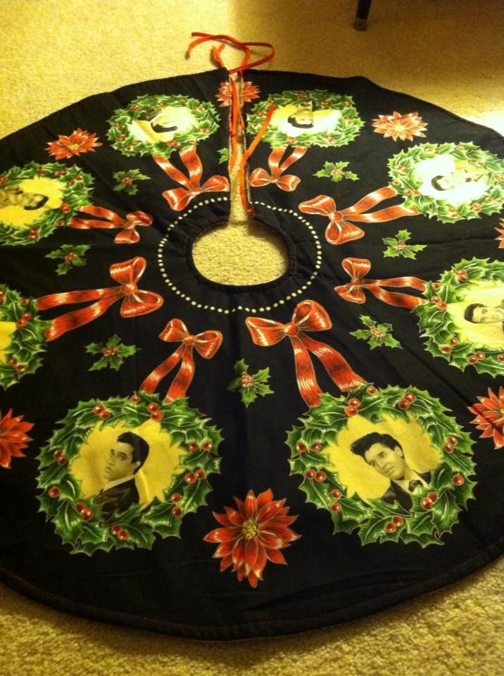 Elvis Christmas tree skirt. The inspiration for the retro holiday party  theme: A Merry Elvis Christmas. - Elvis Christmas Tree Skirt. The Inspiration For The Retro Holiday