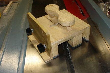 Shopmade Rip-Snorter Push Block (Grr-Ripper) | Woodworking