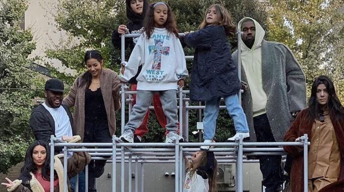 Kim Kardashian posts hilarious family photo from Tokyo ...