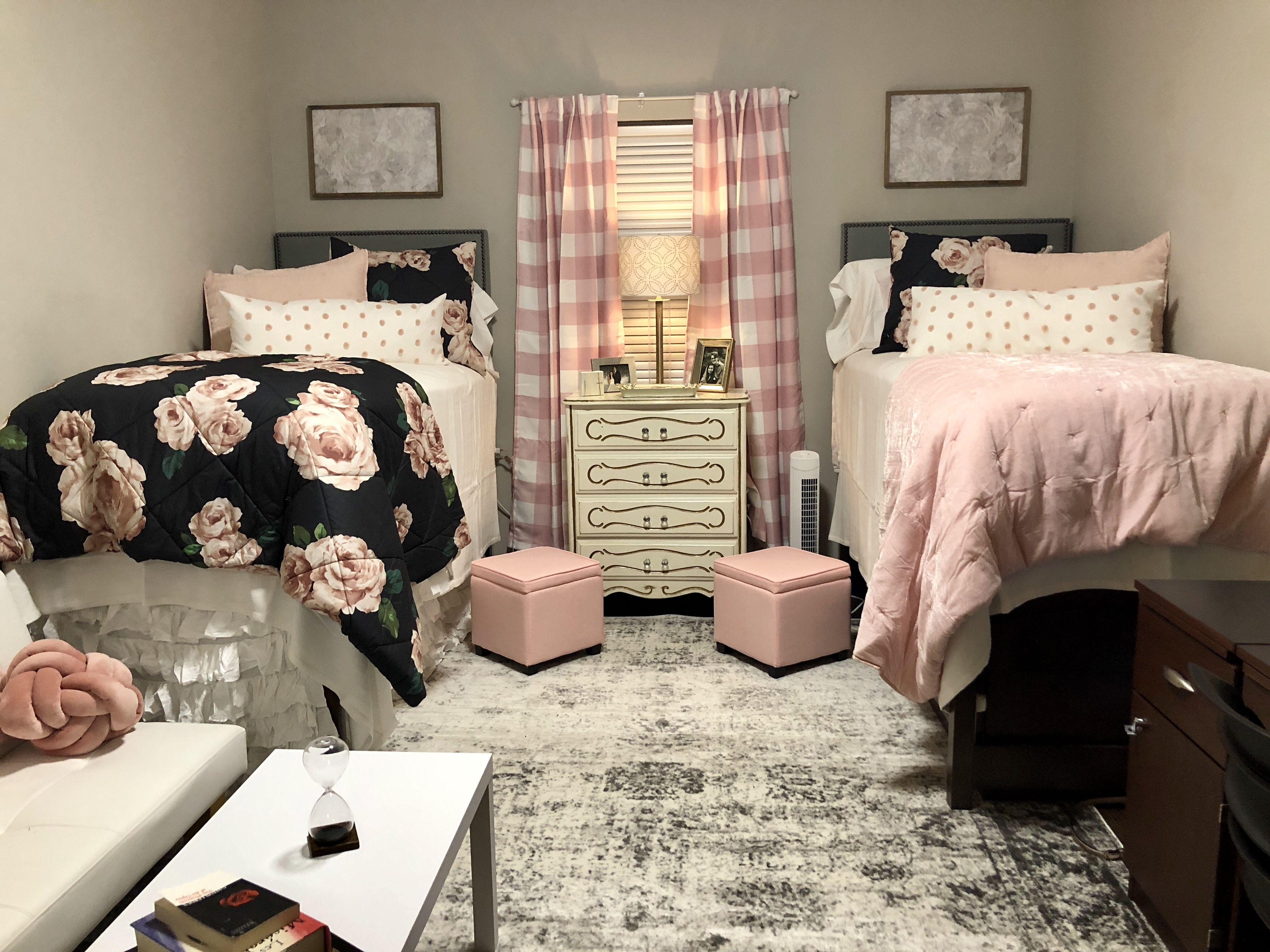 Rc South Ole Miss Dorm Room Ole Miss Dorm Rooms College Bedroom Decor Dorm Room Decor