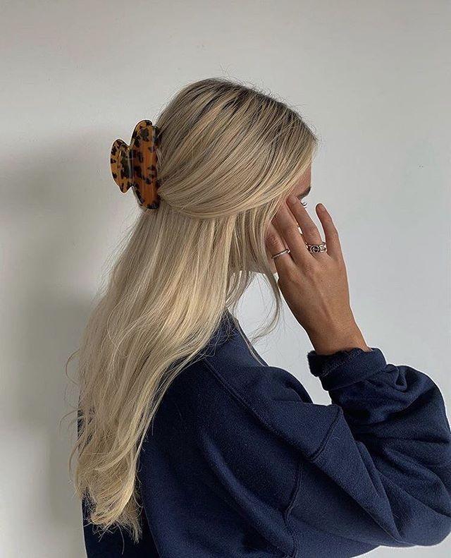 La Parisienne Stylee No Instagram More Hair Ideas Yes Or No Hair Styles Aesthetic Hair Blonde Hair Looks