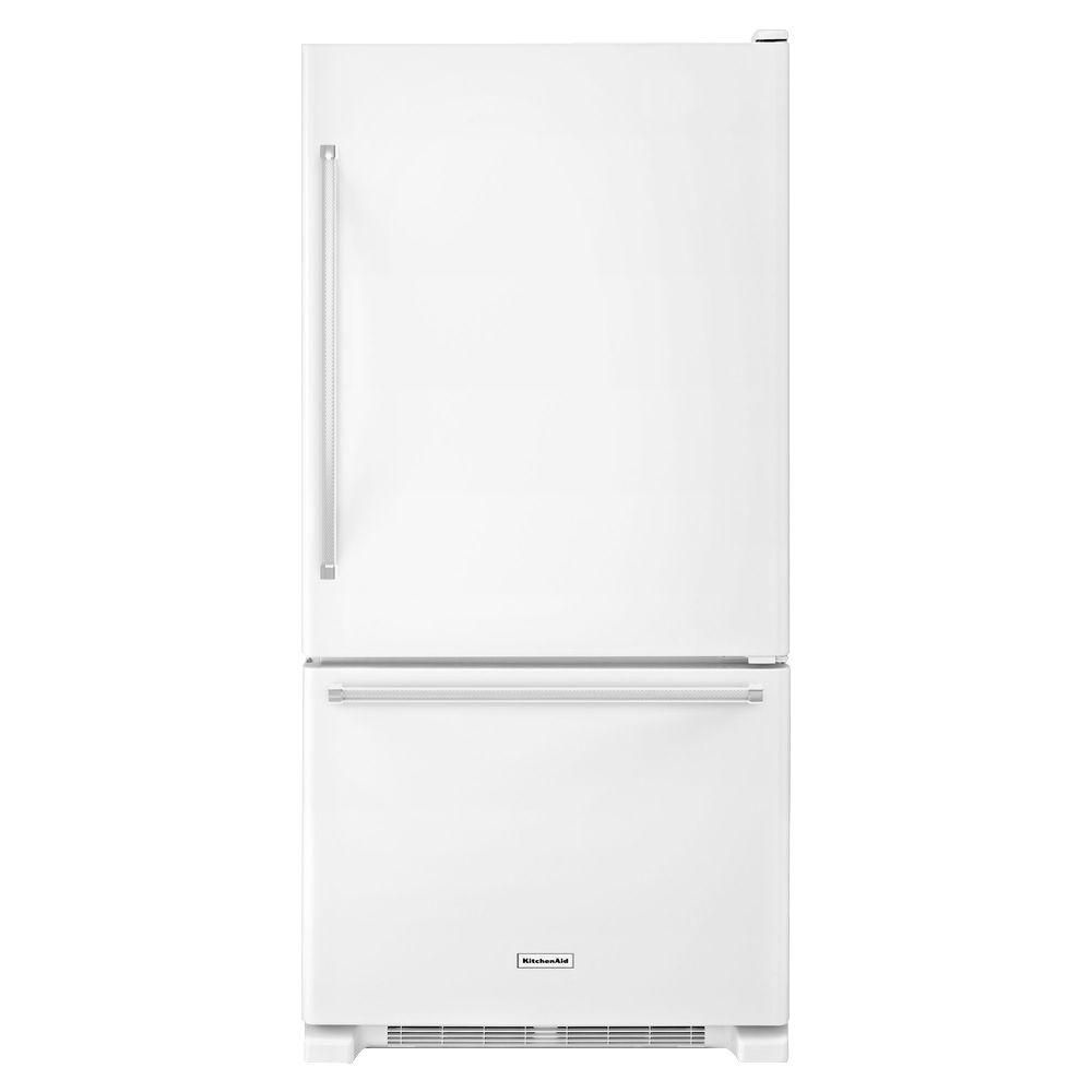 Danby 24 in w 92 cu ft bottom freezer refrigerator in