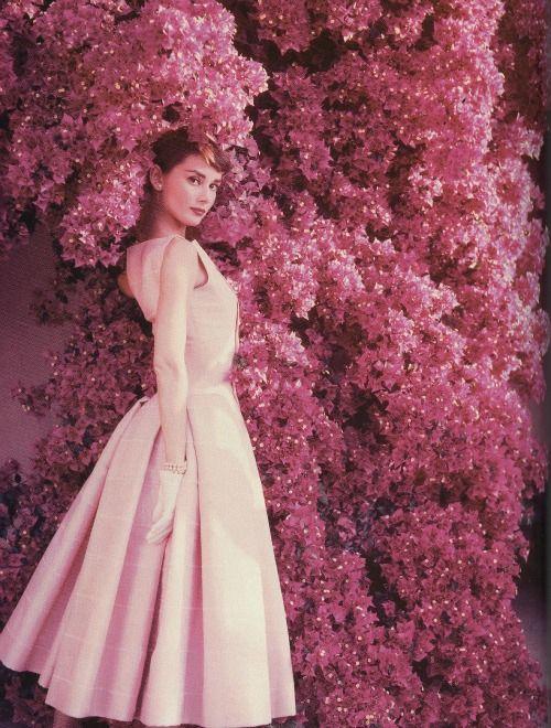 Audrey Hepburn in the 1950s. | Beauties | Pinterest