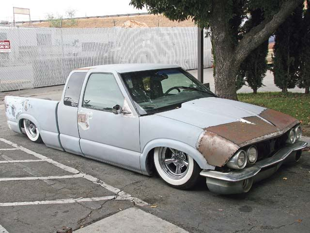 Chevy S10 with a custom front clip    actually really slick