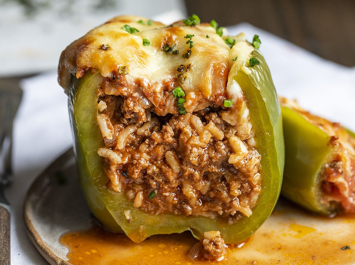Stuffed Peppers Are Bell Peppers Filled With A Rice And Ground Beef Mixture Topped With Seasoned Toma In 2020 Stuffed Peppers Stuffed Bell Peppers Ground Beef Recipes