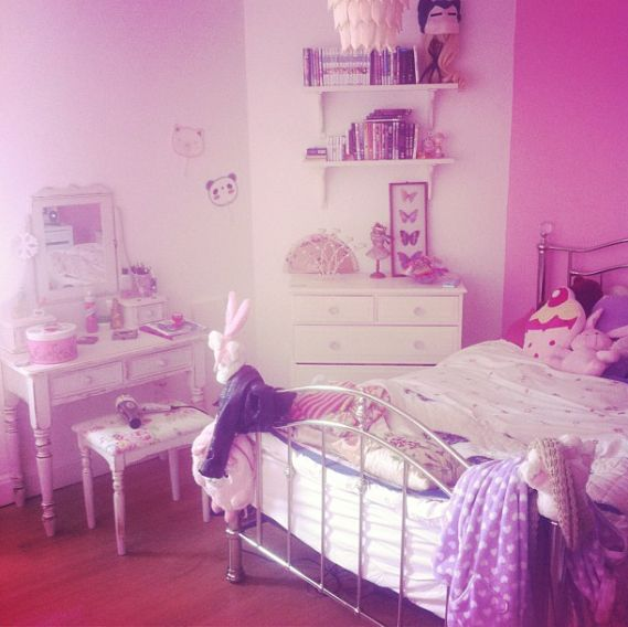 Girly Bedroom Decorating Ideas Cute Curtains For Bedrooms: Noodlerella /Girly Bedroom