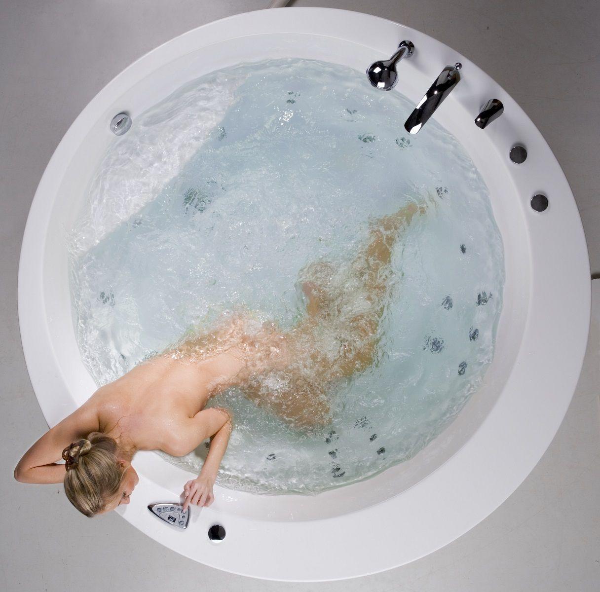 Aquatica Pamela-Wht Relax Air Massage Bathtub   Luxury jetted ...